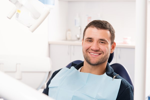 Choose The Right Cosmetic Dentistry Tooth Replacement Options